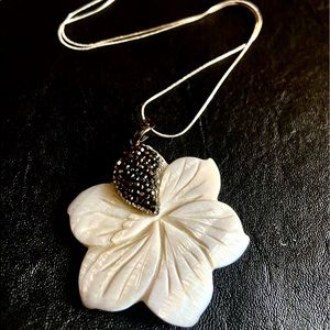 """""""He loves me…"""" Genuine Etched Shell Stone Necklace"""